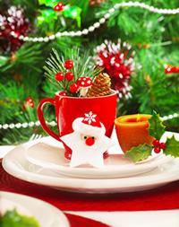 Weihnachtsdeko mit Tasse Kerze Stern